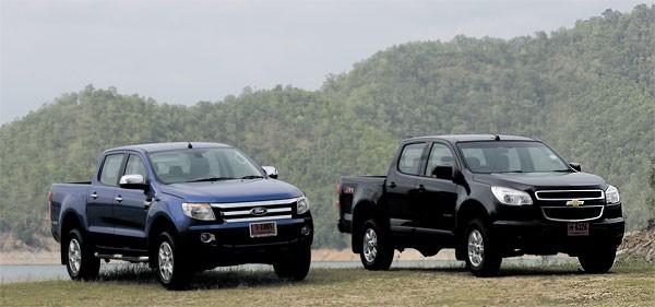 so-sanh-xe-ford-ranger-va-colorado-2